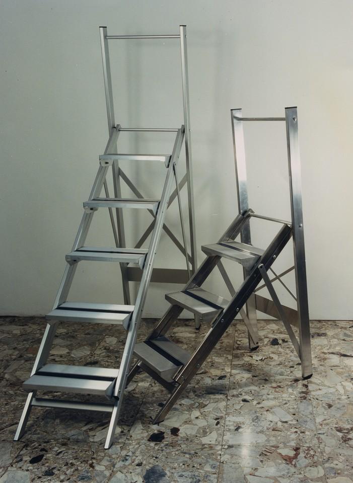 Tirrenia srl sgabello margherita con protezione scale - Scale per librerie ...